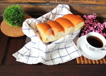 082 Butter Sugar Bun 220gm